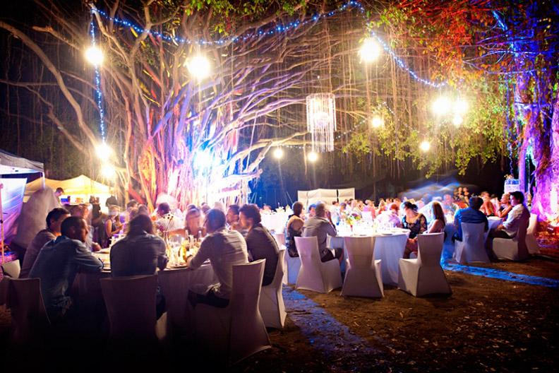 Port Douglas Receptions Under The Fig Tree Port Douglas Wedding Lounge